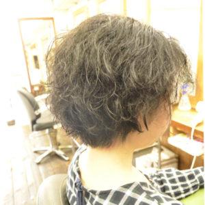 脱縮毛矯正でくせ毛を生かす髪型へ変身