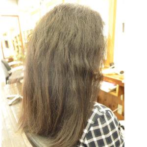 脱縮毛矯正でくせ毛を生かす髪型に