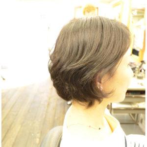 くせ毛を生かす髪型-女-40代-ボブ