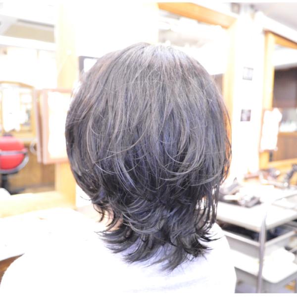 くせ毛を生かした髪型-パーマ-ミディアム