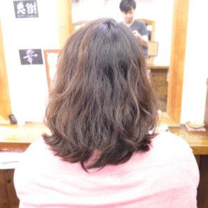 くせ毛を生かした髪型-ショートボブ2