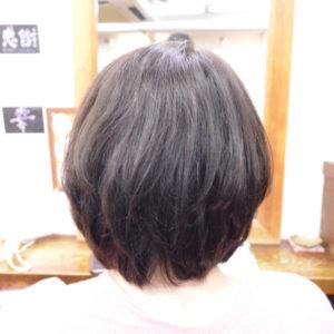 くせ毛を生かした髪型-ショートボブ4