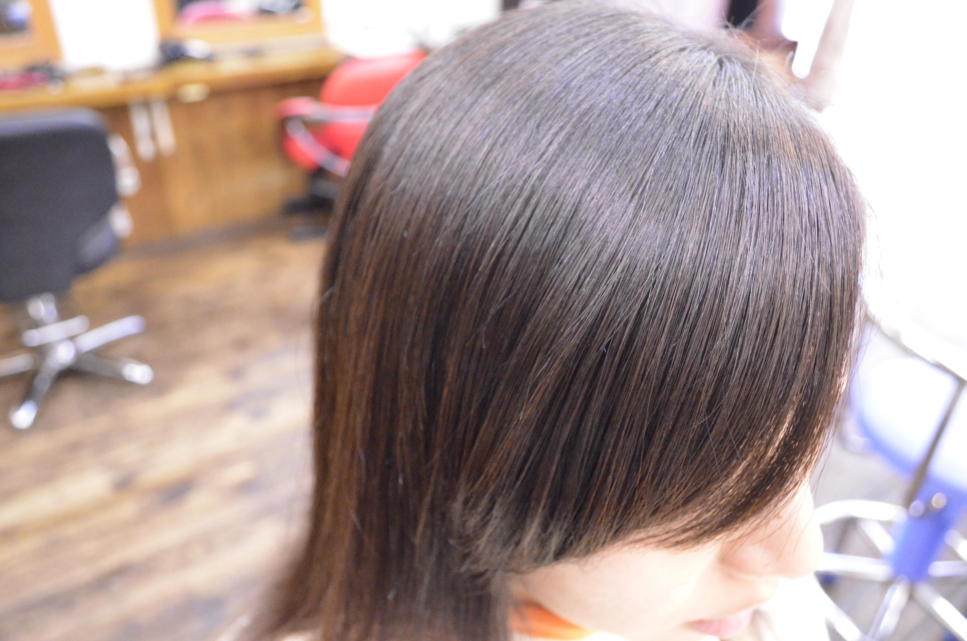 縮毛矯正-前髪-自然-流す