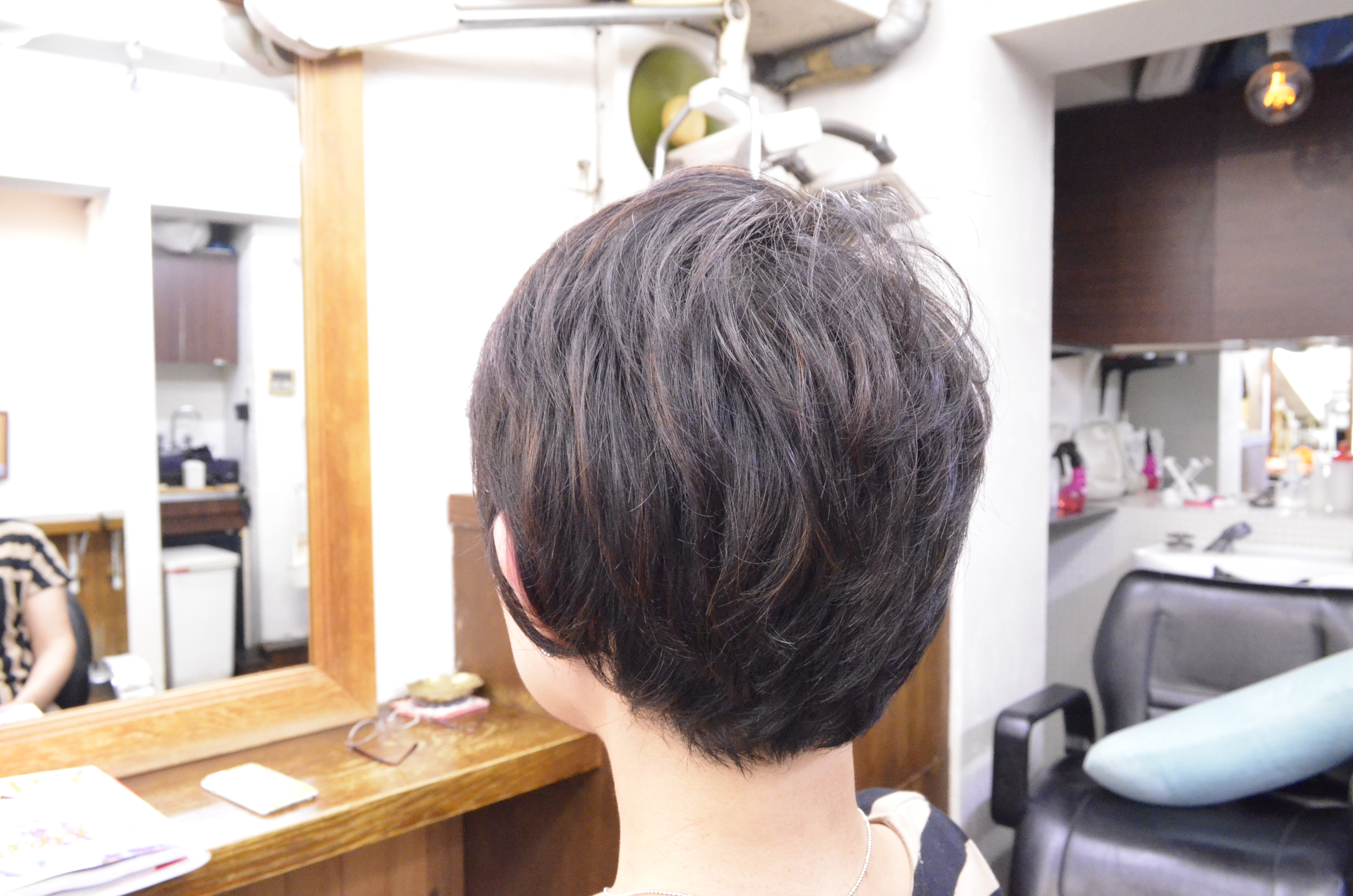 くせ毛でショートスタイルに6