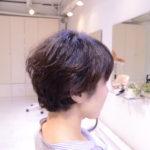 脱・縮毛矯正に欠かせないモノ、くせ毛カットが上手い事。くせ毛をくせ毛のまま切る技術
